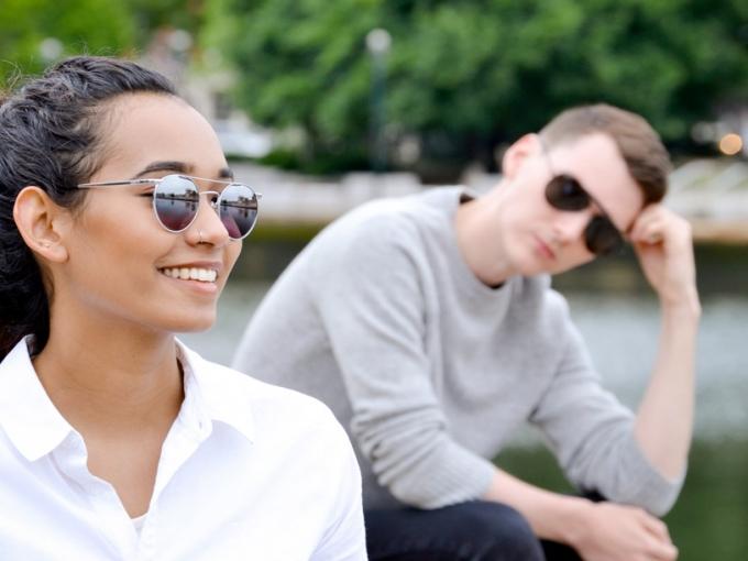Óculos de sol são mais que acessórios e devem ser utilizados em todas as épocas do ano