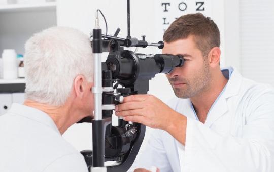 Você sabe as diferenças entre Oftalmologistas e Optometristas?