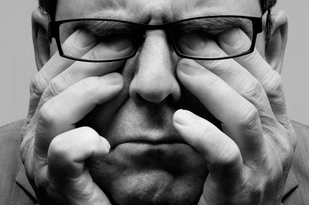 Fique atento: os olhos podem dar sinais de que você está estressado